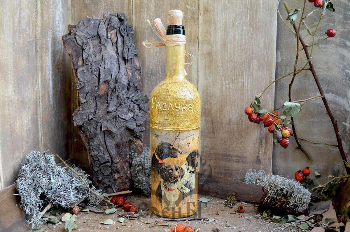 """Бутилка за вино """"В очакване на дивеча"""""""