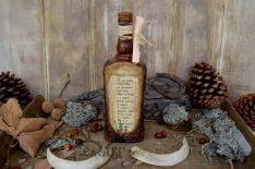 Ловна бутилка с послание и декупаж