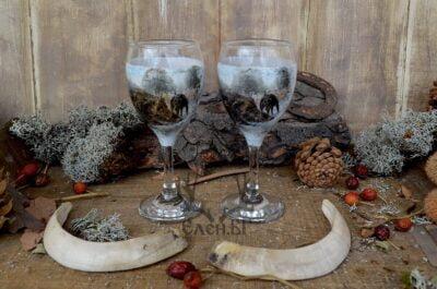 Ловни чаши за ракия с декупаж