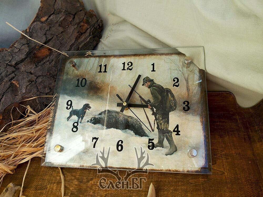 "Стенен часовник ""През погледа на ловеца"""