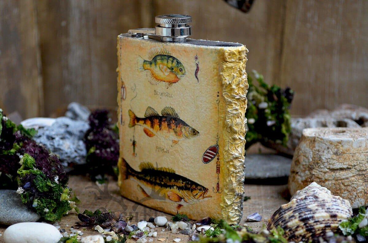 джобна бутилка с риболовни мотиви