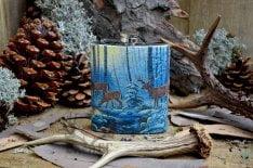 метална джобна бутилка с елени