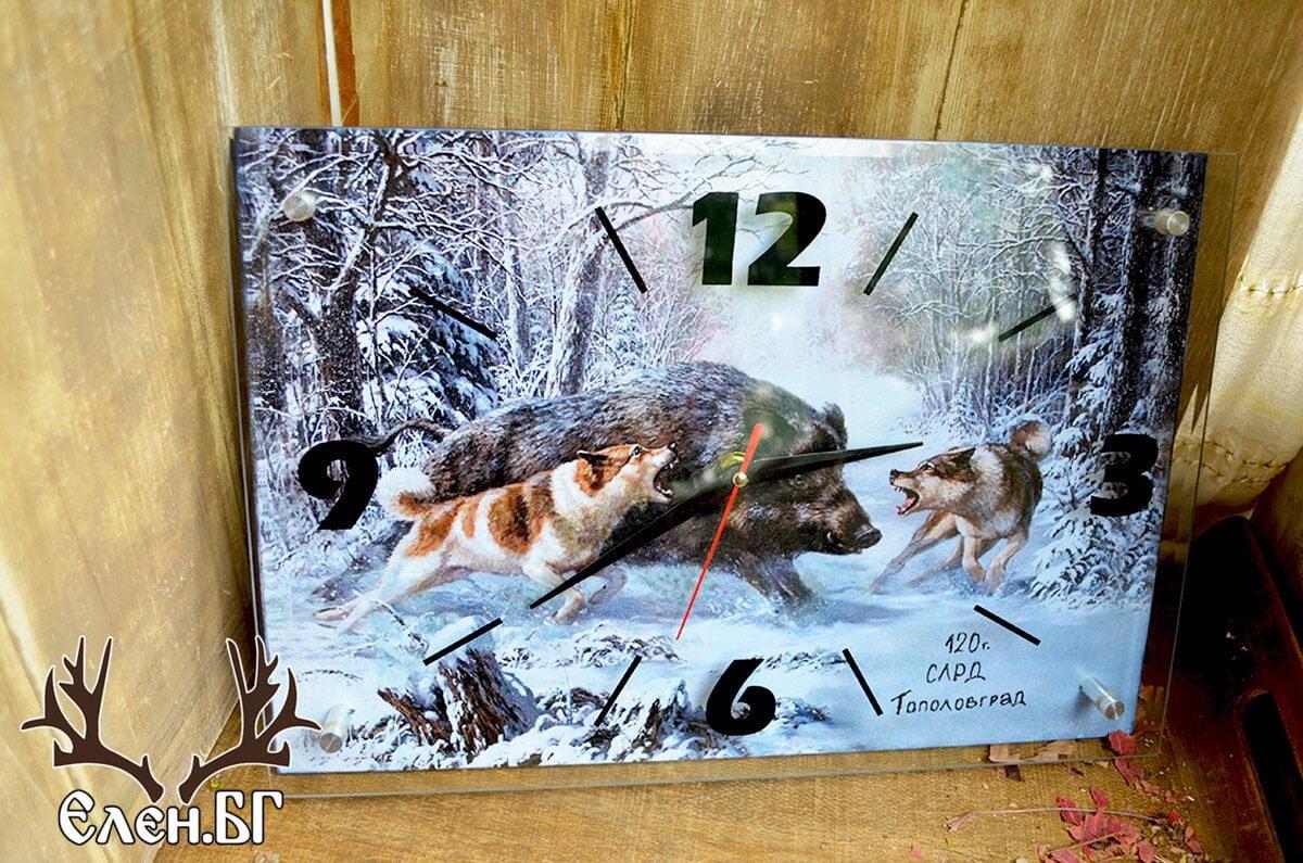 Ловен стенен часовник за ловец